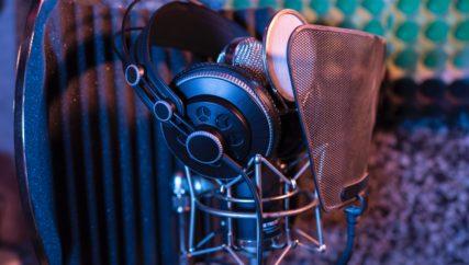 radio microphone and headset