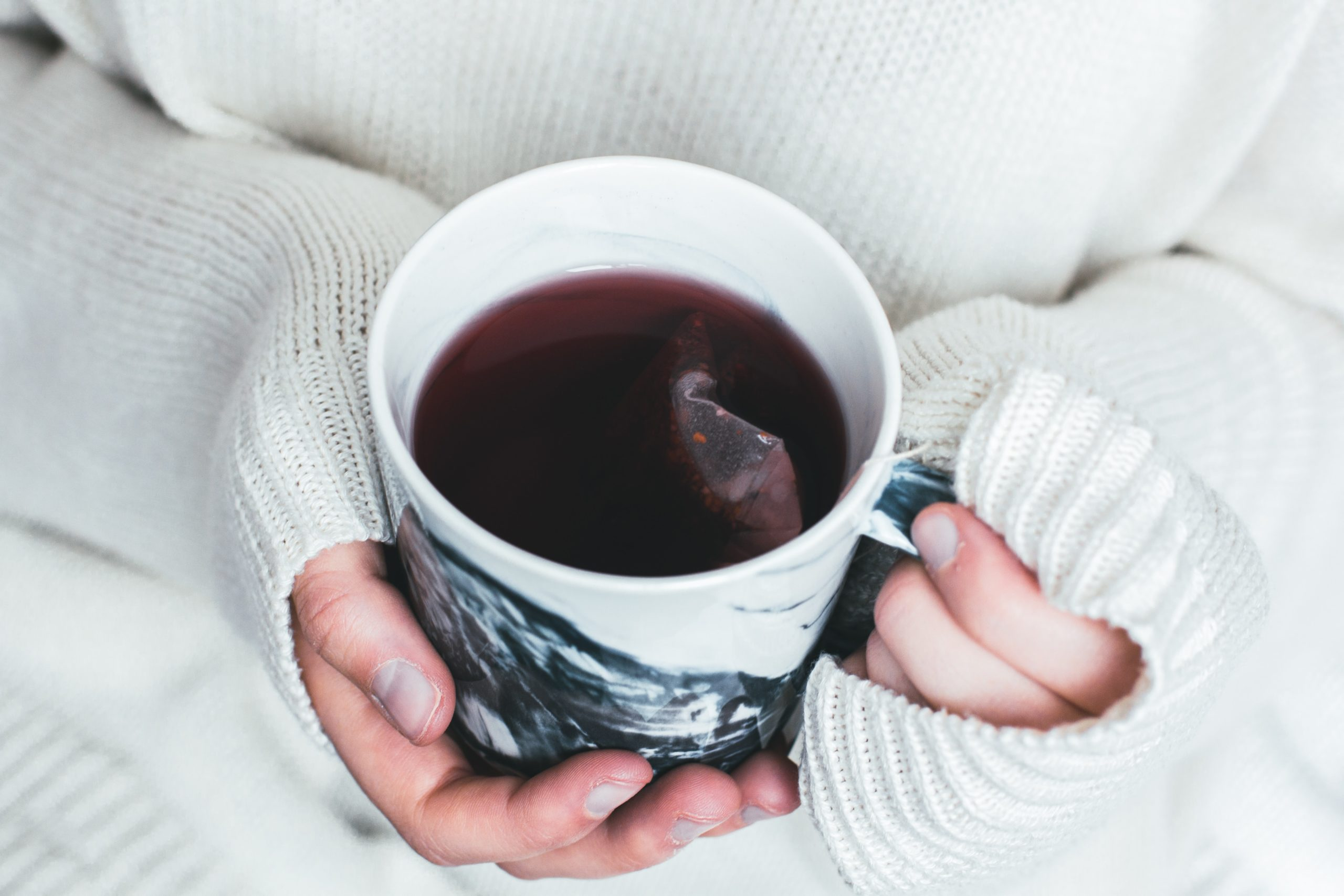 Self-Doubt and the Single Mom – Join Me for Tea?